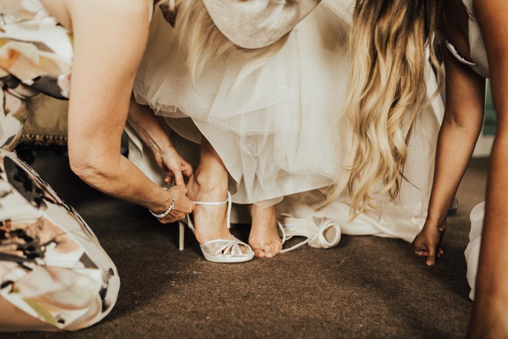 Kirstie-Jack-Elegant-Luxe-Wild-Wedding-Stubton-Hall-Lincolnshire-Darina-Stoda-Photography-37.jpg