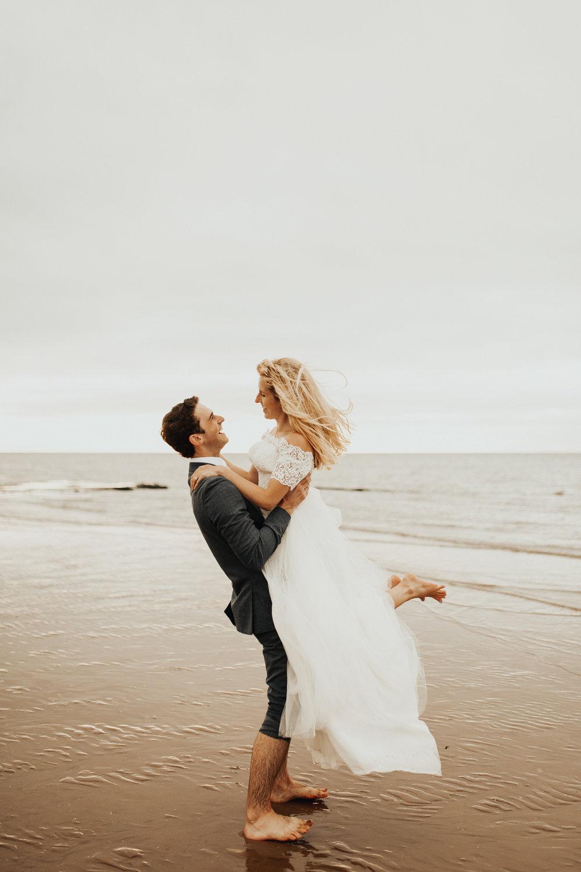 Claire-Clive-Wedding-Norfolk-Beach-Session-Love-Darina-Stoda-Photography-119.jpg