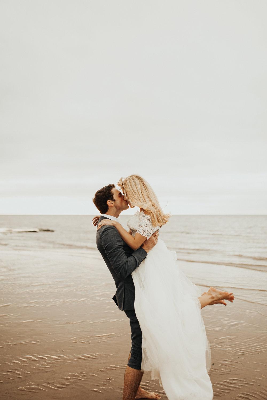 Claire-Clive-Wedding-Norfolk-Beach-Session-Love-Darina-Stoda-Photography-120.jpg