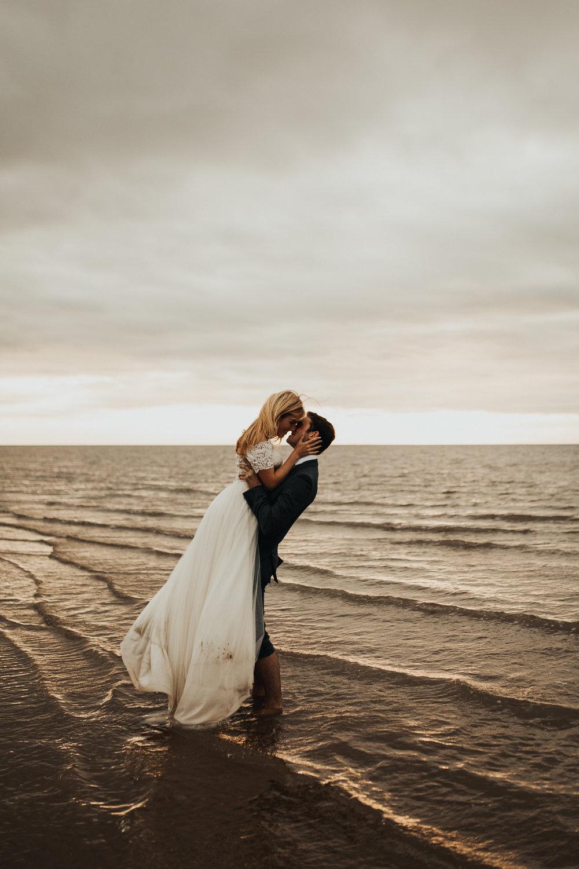 Claire-Clive-Wedding-Norfolk-Beach-Session-Love-Darina-Stoda-Photography-198.jpg