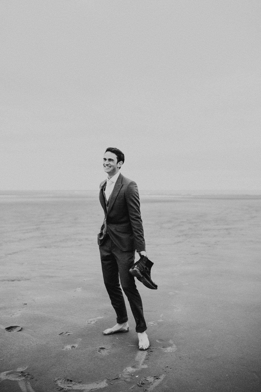 Claire-Clive-Wedding-Norfolk-Beach-Session-Love-Darina-Stoda-Photography-229.jpg