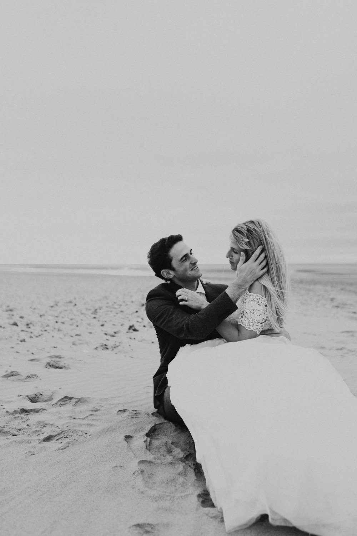 Claire-Clive-Wedding-Norfolk-Beach-Session-Love-Darina-Stoda-Photography-277.jpg