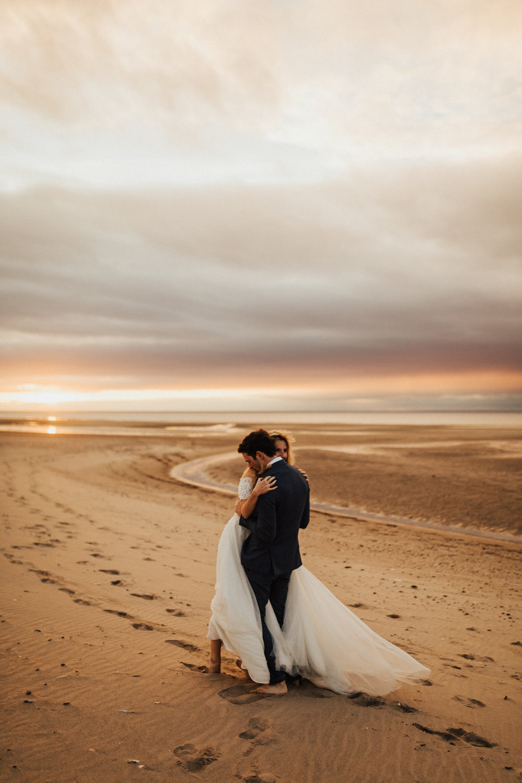 Claire-Clive-Wedding-Norfolk-Beach-Session-Love-Darina-Stoda-Photography-354.jpg