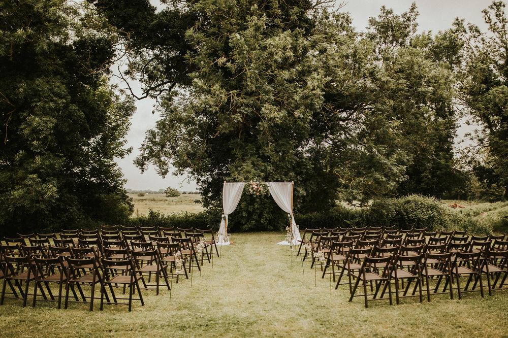 Fiona-Hary-Wedding-Norfolk-Fishley-Hall-Darina-Stoda-Photography-18.jpg