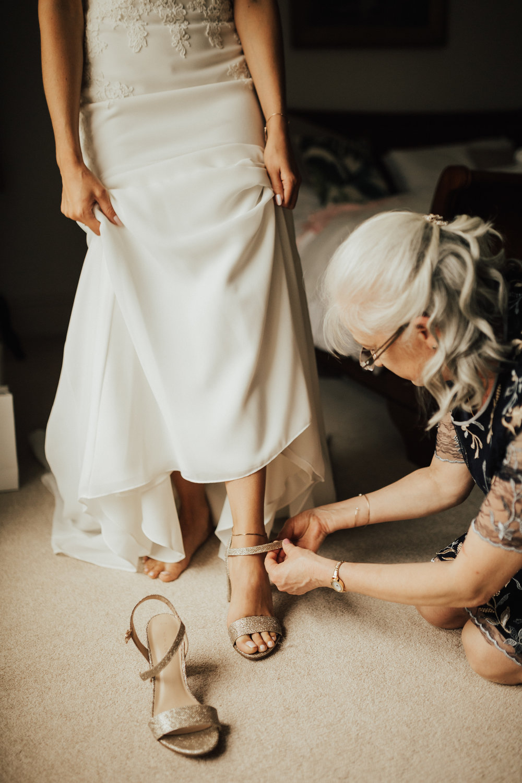 Fiona-Hary-Wedding-Norfolk-Fishley-Hall-Darina-Stoda-Photography-32.jpg