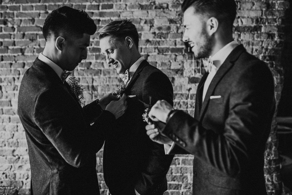 Fiona-Hary-Wedding-Norfolk-Fishley-Hall-Darina-Stoda-Photography-19.jpg