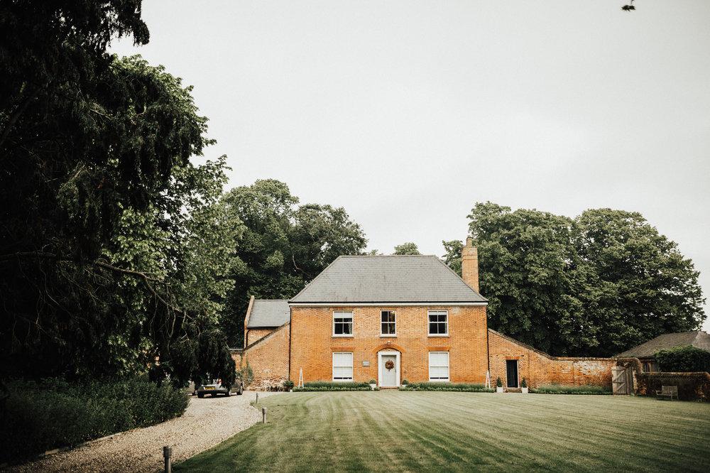 Fiona-Hary-Wedding-Norfolk-Fishley-Hall-Darina-Stoda-Photography-96.jpg