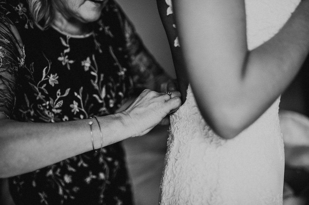 Fiona-Hary-Wedding-Norfolk-Fishley-Hall-Darina-Stoda-Photography-29.jpg