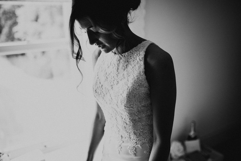 Fiona-Hary-Wedding-Norfolk-Fishley-Hall-Darina-Stoda-Photography-33.jpg