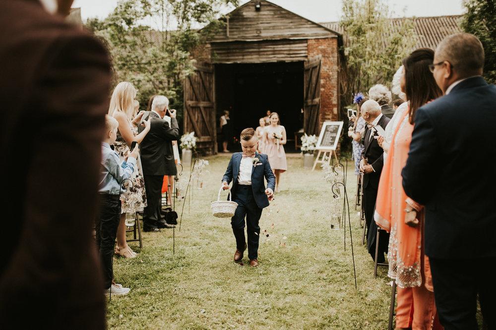 Fiona-Hary-Wedding-Norfolk-Fishley-Hall-Darina-Stoda-Photography-38.jpg