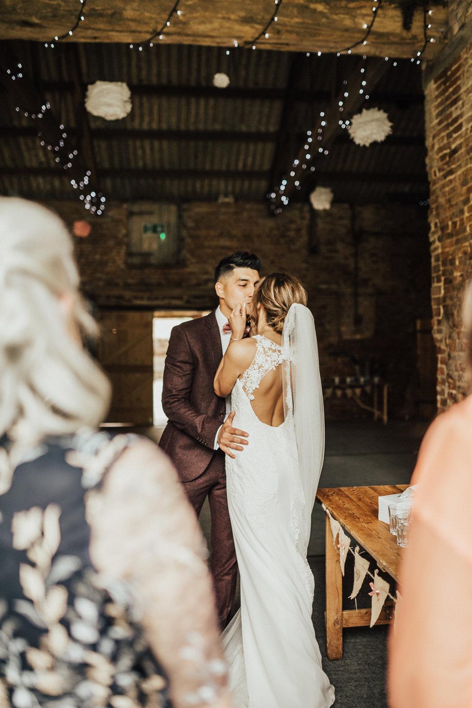 Fiona-Hary-Wedding-Norfolk-Fishley-Hall-Darina-Stoda-Photography-48.jpg
