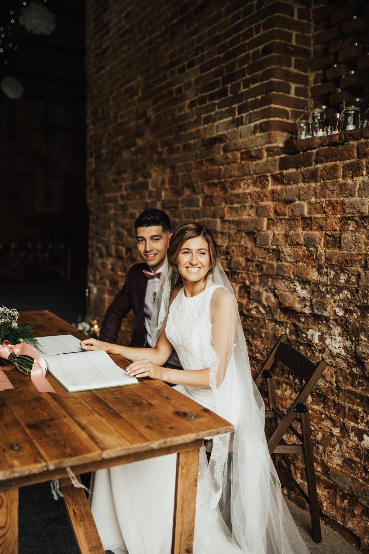Fiona-Hary-Wedding-Norfolk-Fishley-Hall-Darina-Stoda-Photography-49.jpg