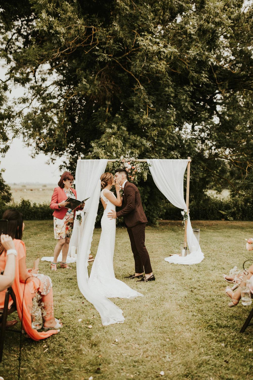 Fiona-Hary-Wedding-Norfolk-Fishley-Hall-Darina-Stoda-Photography-52.jpg