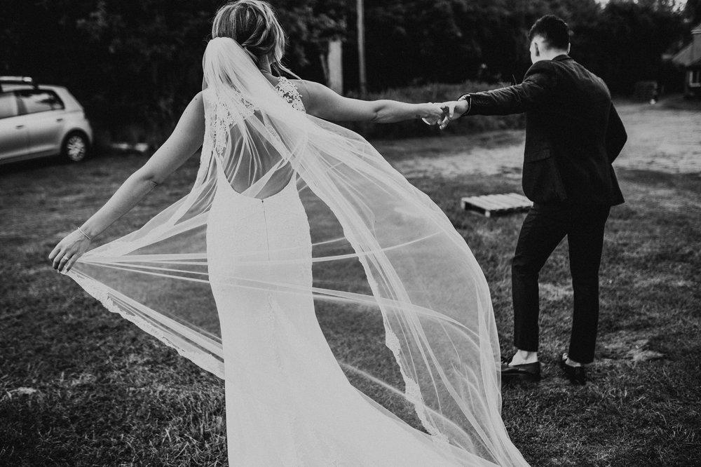 Fiona-Hary-Wedding-Norfolk-Fishley-Hall-Darina-Stoda-Photography-78.jpg