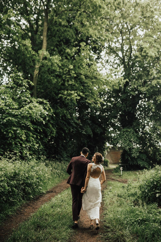 Fiona-Hary-Wedding-Norfolk-Fishley-Hall-Darina-Stoda-Photography-100.jpg