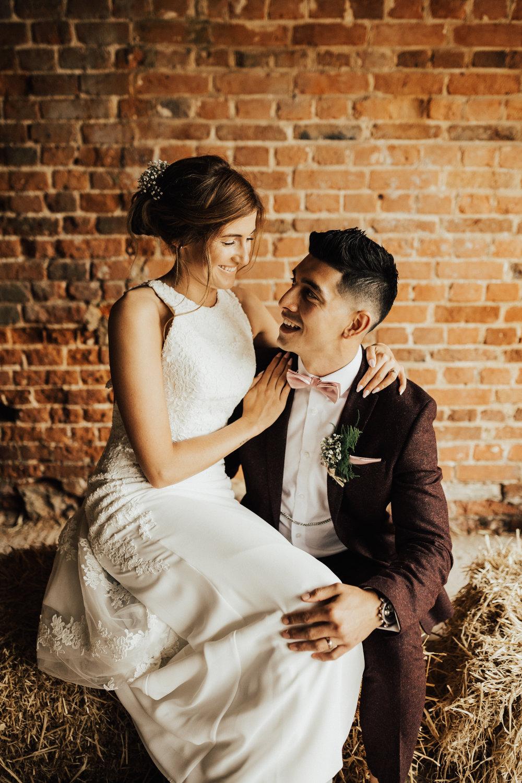 Fiona-Hary-Wedding-Norfolk-Fishley-Hall-Darina-Stoda-Photography-101.jpg