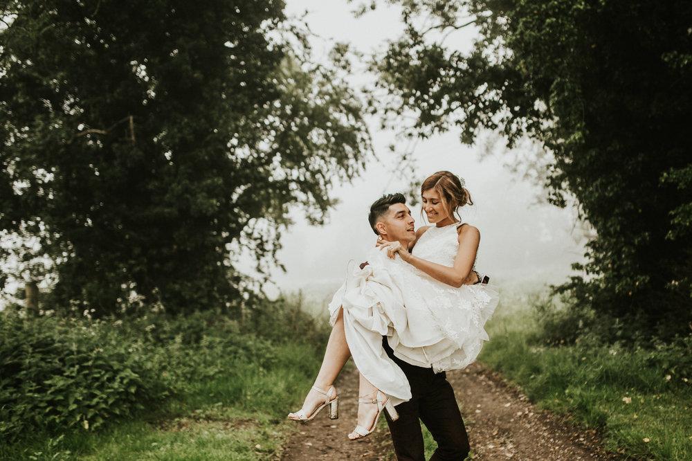 Fiona-Hary-Wedding-Norfolk-Fishley-Hall-Darina-Stoda-Photography-129.jpg