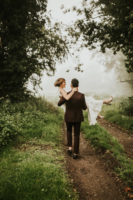 Fiona-Hary-Wedding-Norfolk-Fishley-Hall-Darina-Stoda-Photography-130.jpg