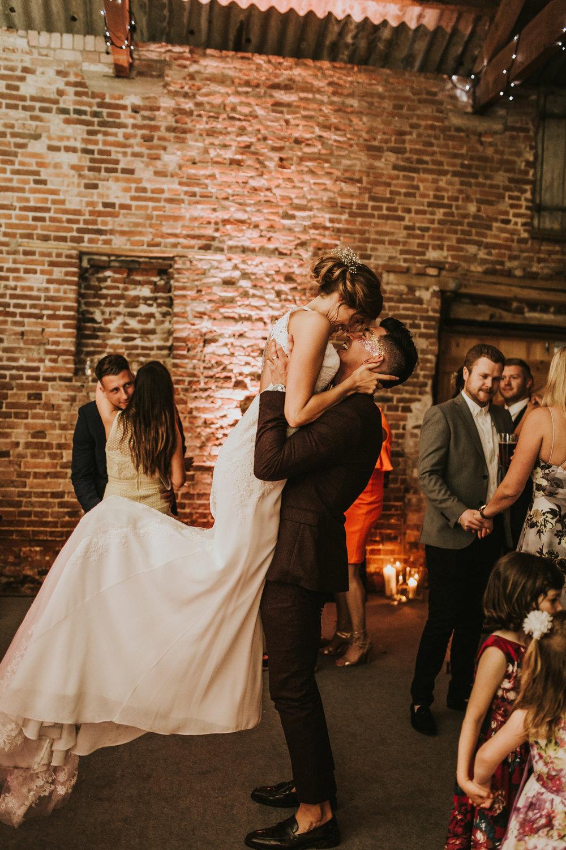 Fiona-Hary-Wedding-Norfolk-Fishley-Hall-Darina-Stoda-Photography-149.jpg