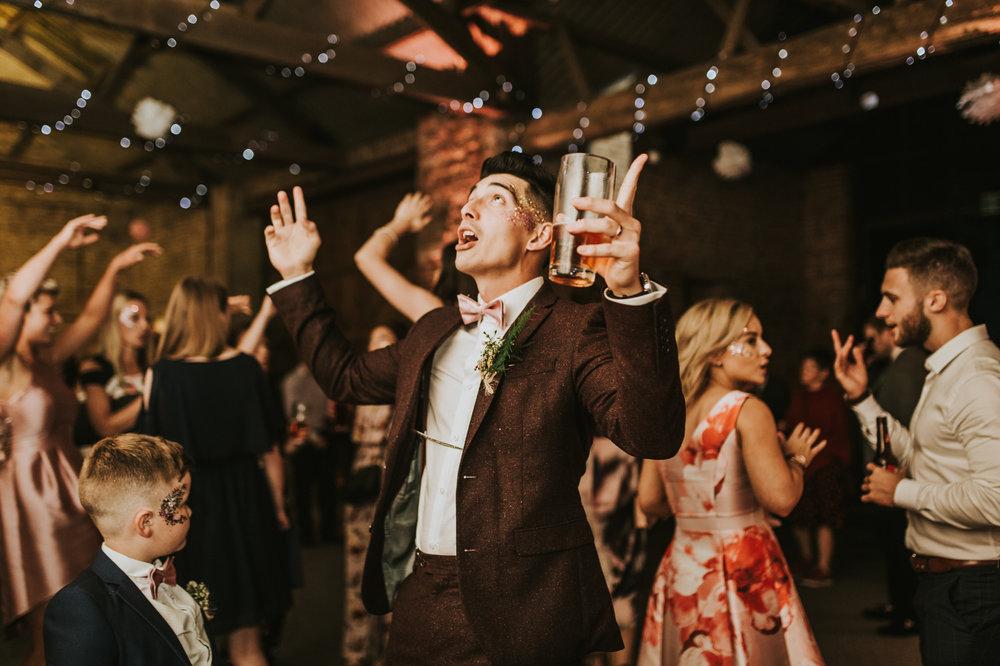 Fiona-Hary-Wedding-Norfolk-Fishley-Hall-Darina-Stoda-Photography-156.jpg