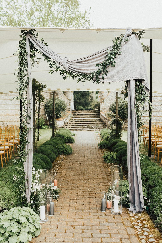 Lois-Conor-Wedding-Norfolk-Voewood-Darina-Stoda-Photography-18.jpg