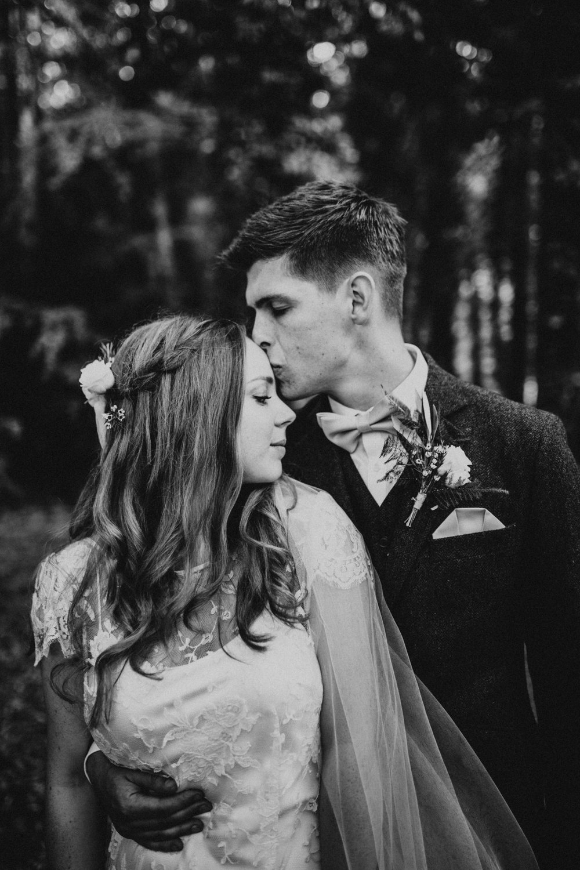 Lois-Conor-Wedding-Norfolk-Voewood-Darina-Stoda-Photography-93.jpg