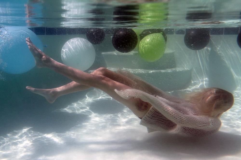 Kat Moss underwater