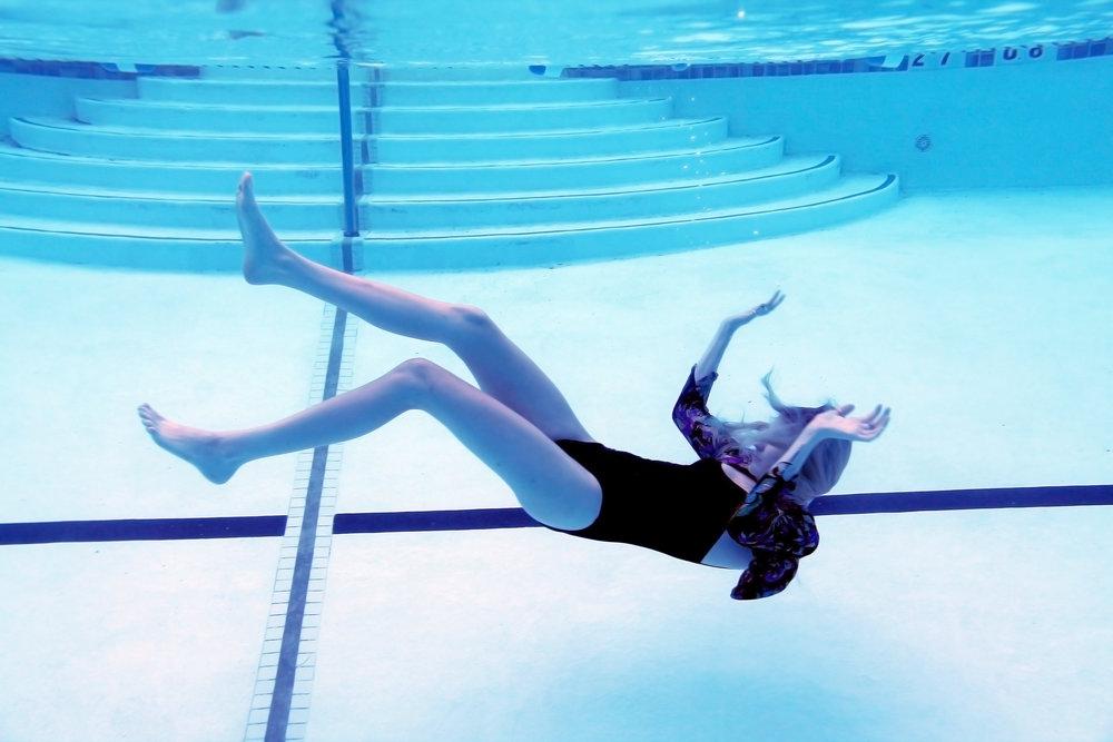 Kat Moss Underwater 2.jpg