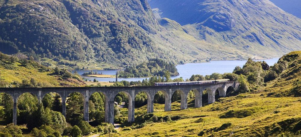 glenfinnan-togrejser-skotlandrejser.jpg