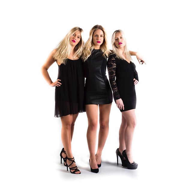 Lookbook I Model: Nathalie Bertlin, Michelle Blomqvist, Emma Söder Styling&MUAH: @saralimaria  #model #woman #womanmodel #fashion #femalemodel #studiophotography #photography #photographer #studiophotographer #fashionphotography #finnishmodel #finnswede #finland #finnishphotographer #finswedephotographer