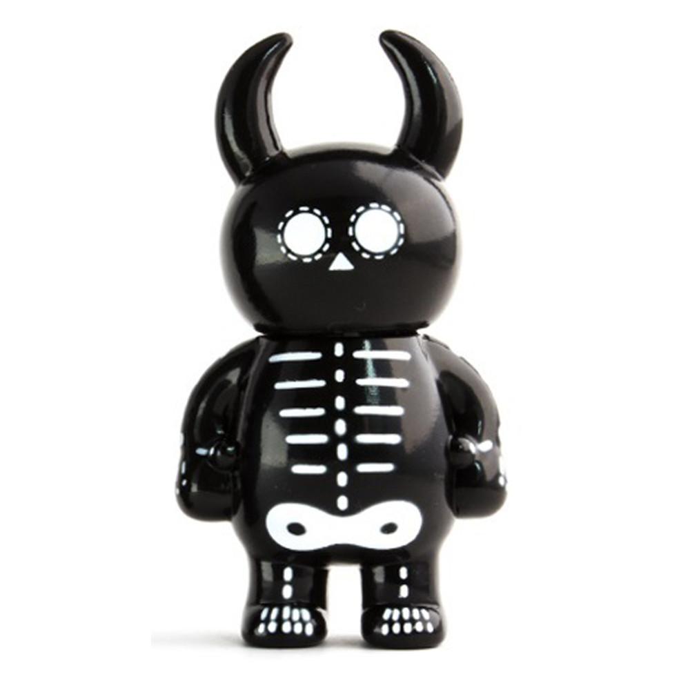 "UAMOU - 3.5"" Skull - £16"