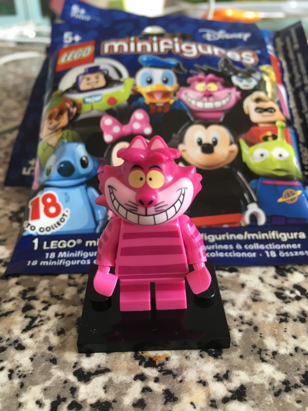 The first Lego Disney CMF I got, the excellent Cheshire Cat