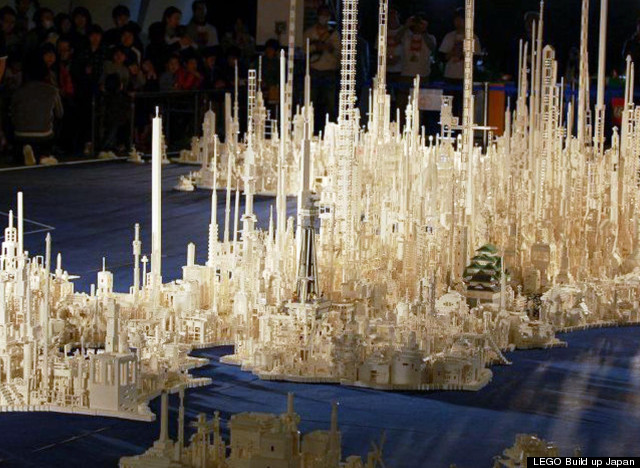 Celebrating 50th anniversary of Lego in Japan in 2012, over 5,000 kids created a giant map of Japan using 1.8 million bricks   Read More