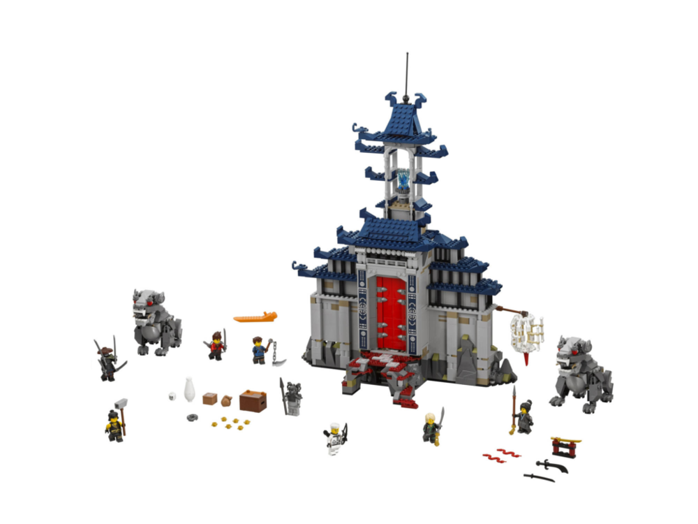 Another great looking set, though would have been better if it had more of an interior