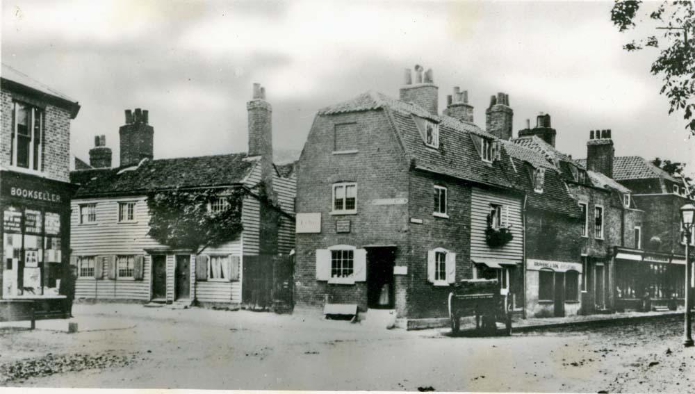 Junction of Beckenham Lane and London Road
