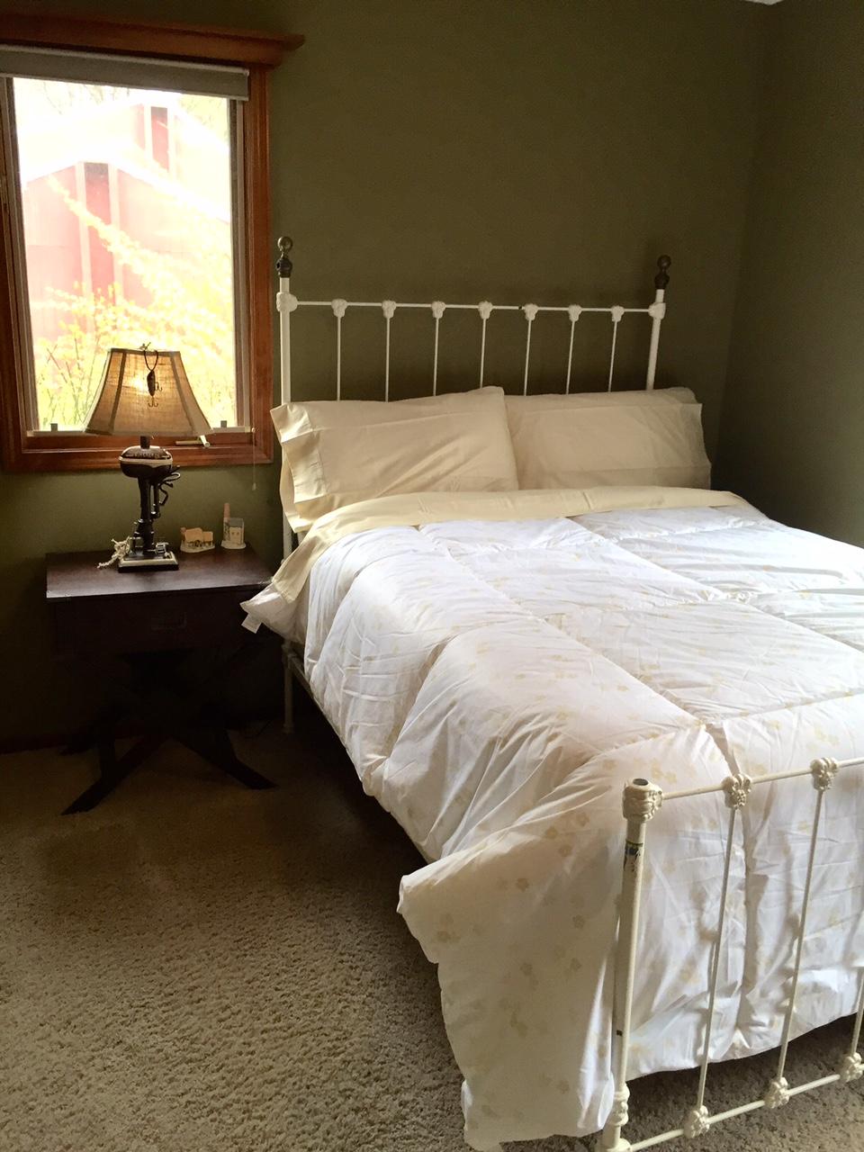 Perry Street Bedroom 2.jpg
