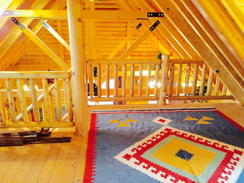 Pentwater MI Vcation rental cabin new beams.jpg