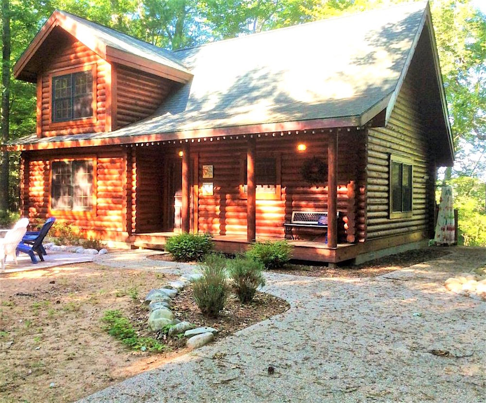 Pentwater Vacation Rental Front .jpg