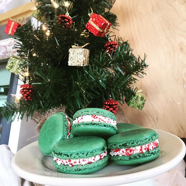 If all you want for Christmas is to learn how to make French Macaron, we've got you covered. Last chance to sign up for this weekends Macaron Class.  Minty macaron with a candy cane crunch- Peppermint Macaron are back in the case for the month of December only! #carltonbakery  #macarons #holidays #peppermint #candycane #macaronclass #bakingclasses #nicelist #greatgifts #frenchbaking #presents
