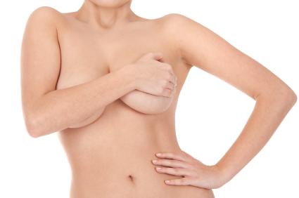 lipofiling de sein - implant mammaire