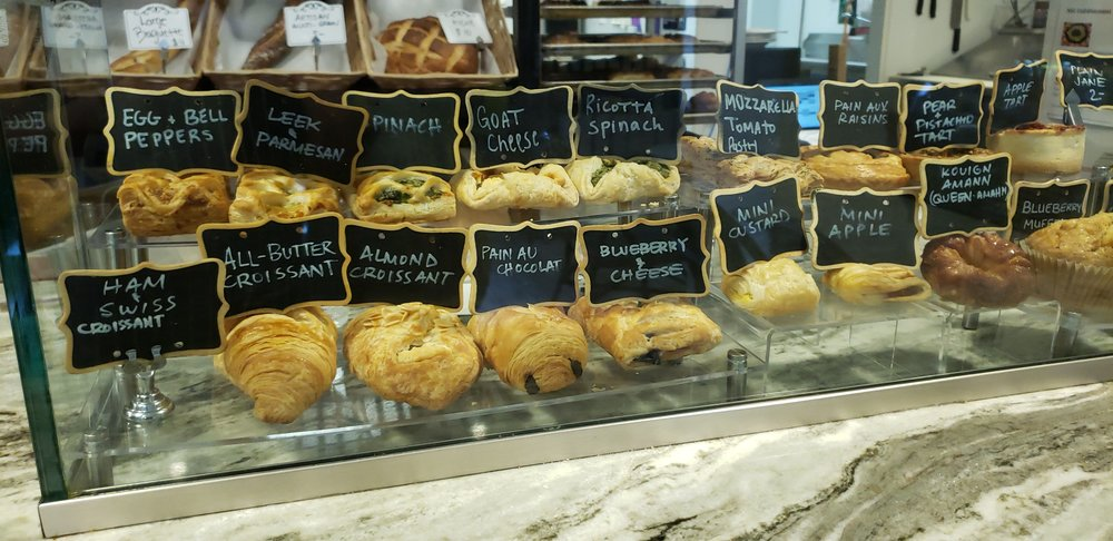 Pastries display 2.jpg