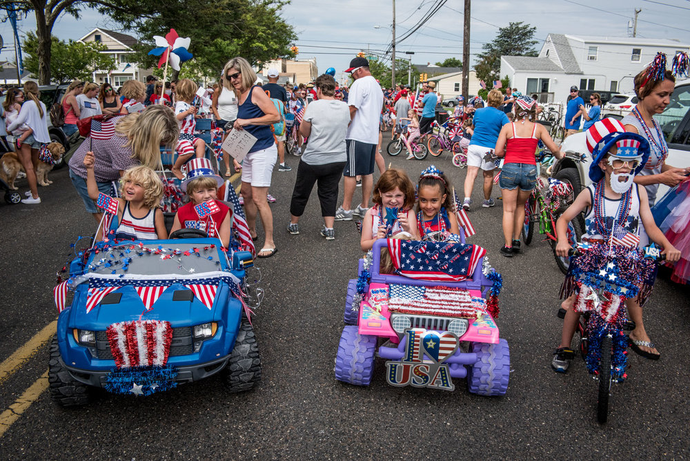 A few hundred people participated in the Independence Day Parade in North Wildwood, N.J., on Monday, July 4, 2016. The parade started from City Hall on 9th and Atlantic Avenues and ended on 1st and Surf Avenues. Prizes were awarded after the parade for best decorated bikes in red, white and blue theme. (Michael Ares / Philadelphia Inquirer)