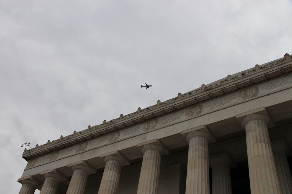 Jefferson Memorial (with a constant stream of flights overheard)