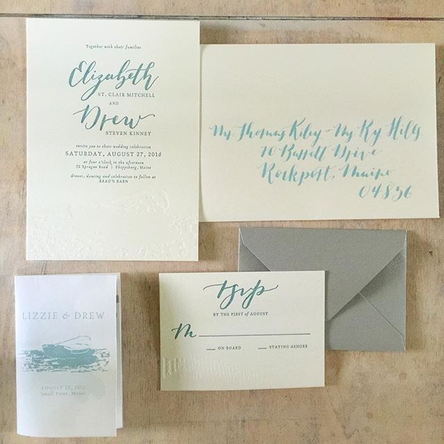 These beauties are headed out this weekend for my most beautiful sister 👭. If I could just finish the final envelopes! 🖋 // hand lettering + blind press + sage green letterpress = serious happy feels. Can't wait for the day!