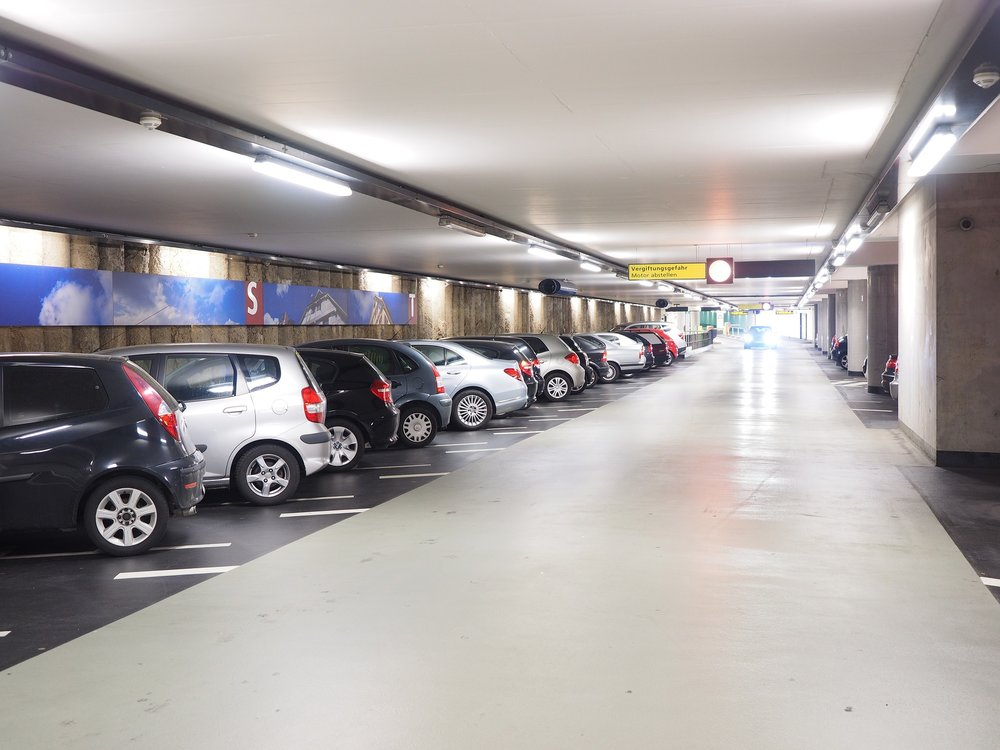 multi-storey-car-park-1271917_1920.jpg