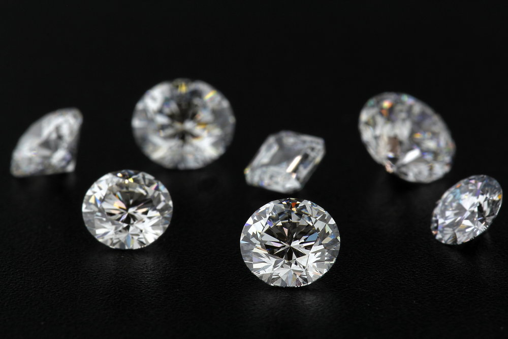 Colorless round brilliant lab grown diamonds