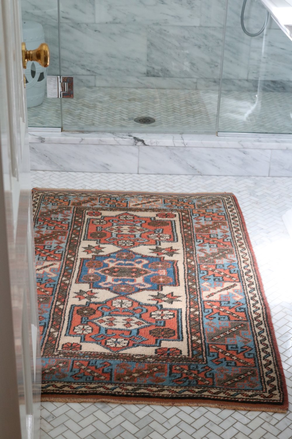Vintage-coral-blue-Turkish-rug