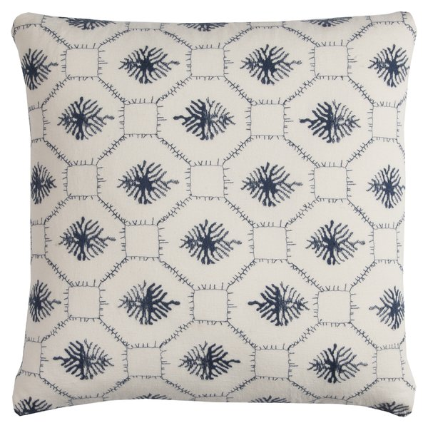 Embroidered_linen_pillow