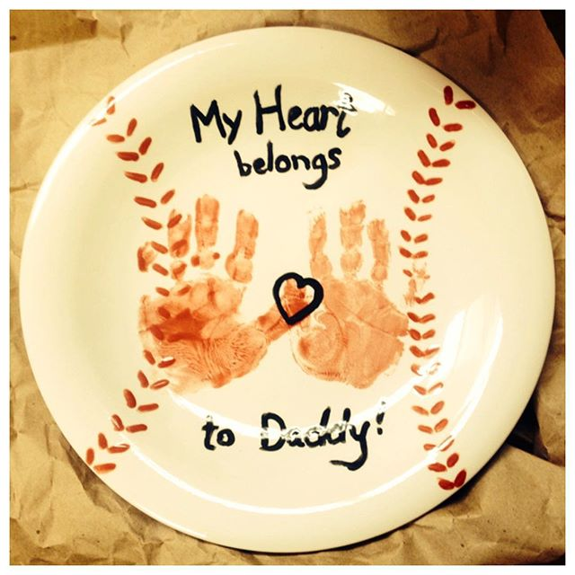 This creative plate was recently made in our studio (open 7 days a week)...what a sweet gift for a baseball loving dad (or mom)! Handprints and stitches could be done in orange and black in honor of the SF Giants! #doodlebugmarin #studio #creative #art #handprint #sfgiants #ceramic #plate  #sweet #gift