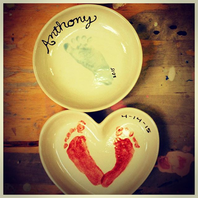 How sweet are these little footprints? This little ones parents came in to make these for his grandparents when he was just about 6 weeks old! #doodlebugmarin #art #creative #sweet #footprint #baby #ceramics
